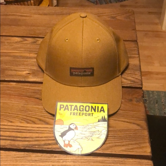 Patagonia tin shed hat and puffin sticker. bb2a01f1abe